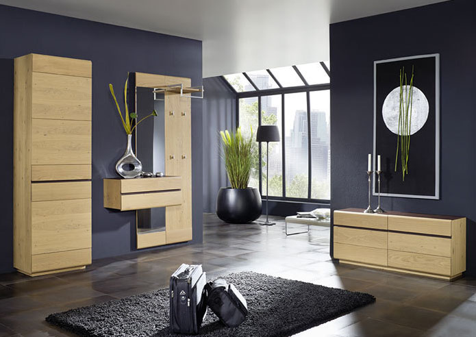 garderoben aus massivholz. Black Bedroom Furniture Sets. Home Design Ideas