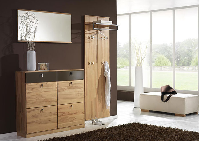 flurgarderobe mit sitzbank aufbewahrungssysteme. Black Bedroom Furniture Sets. Home Design Ideas